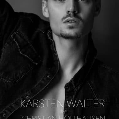 Feuerherz Sänger Karsten Walter in einer Fotostrecke von Christian Holthausen. Celebrities, Celebrity, VIP, Promi, Prominent